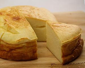自家製クリームチーズのチーズケーキ(6カット)